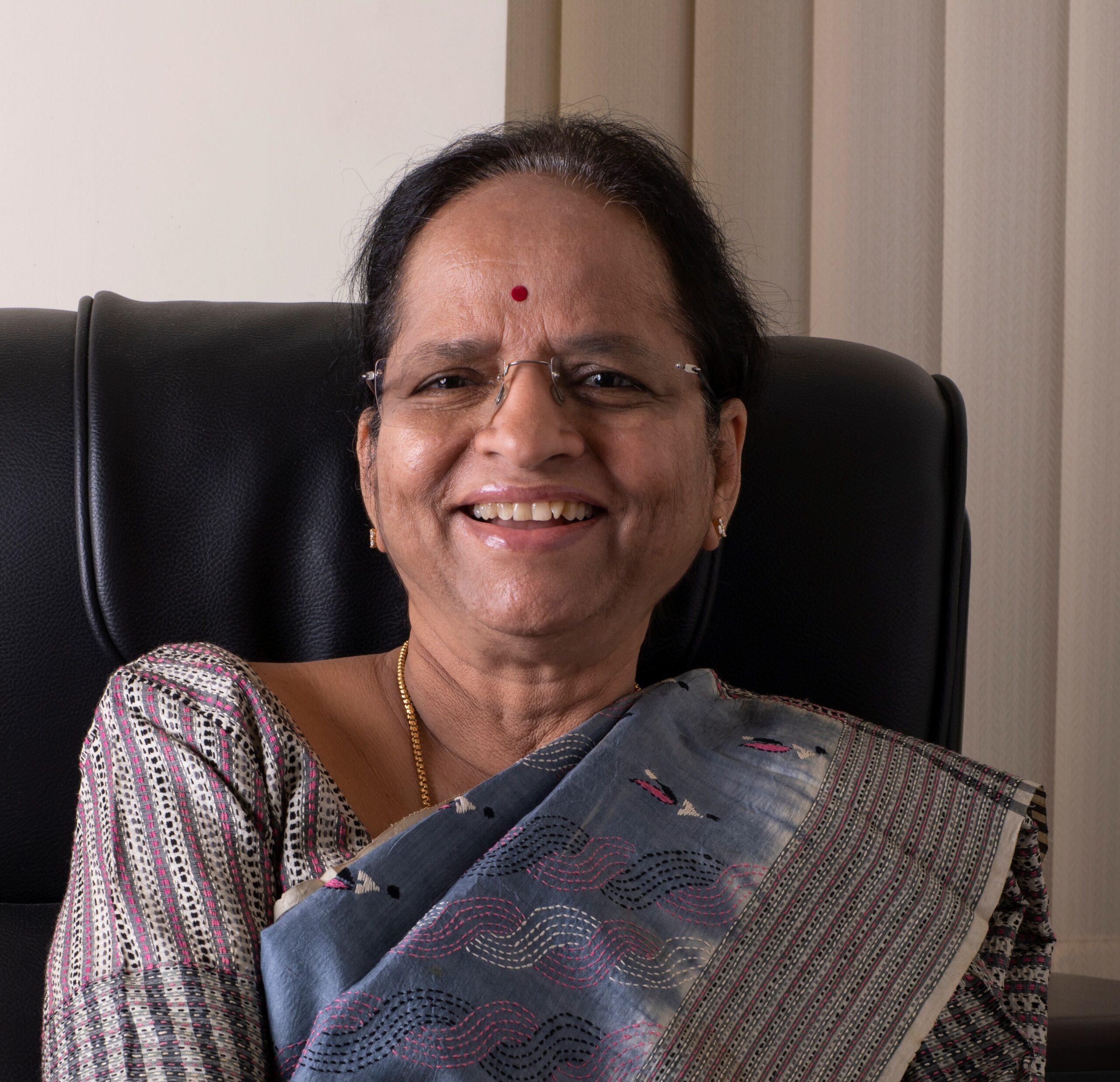 Dr Lakshmi Vijayakumar